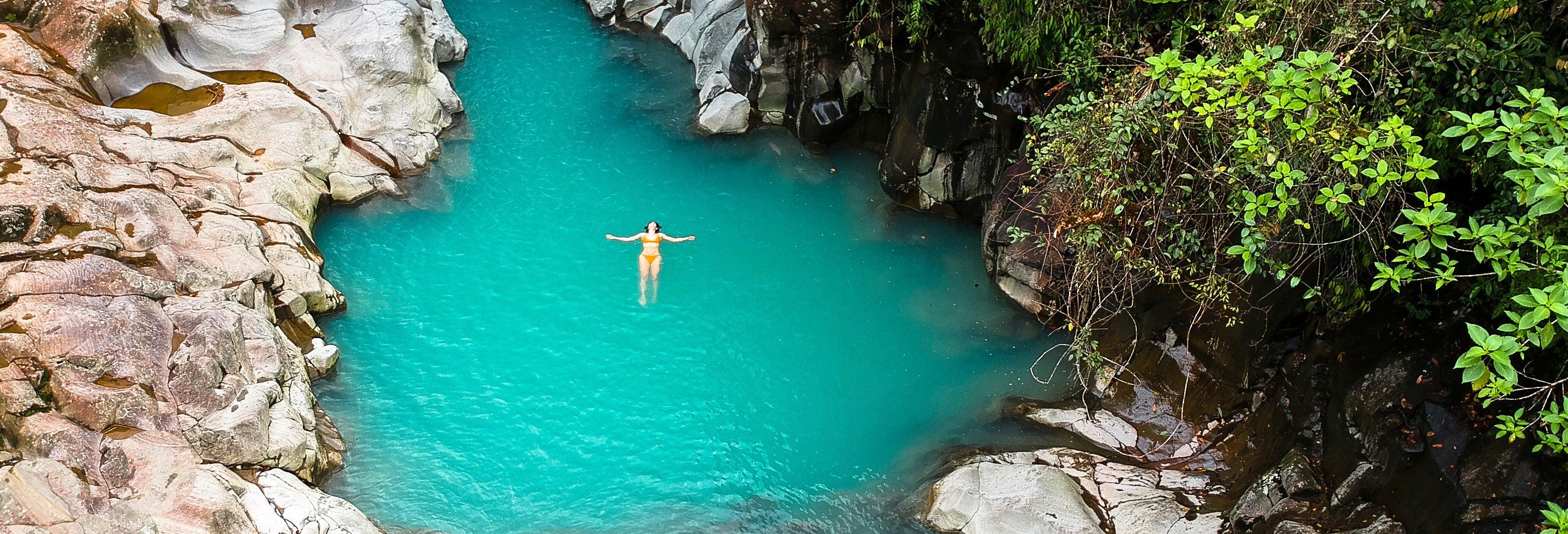 Catarata La Paz, río Celeste y aguas termales