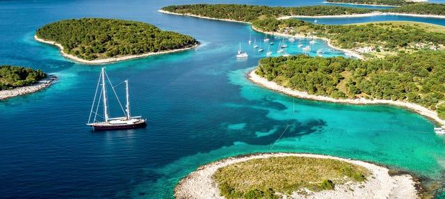 Excursión a la Gruta Azul, Hvar e islas Pakleni