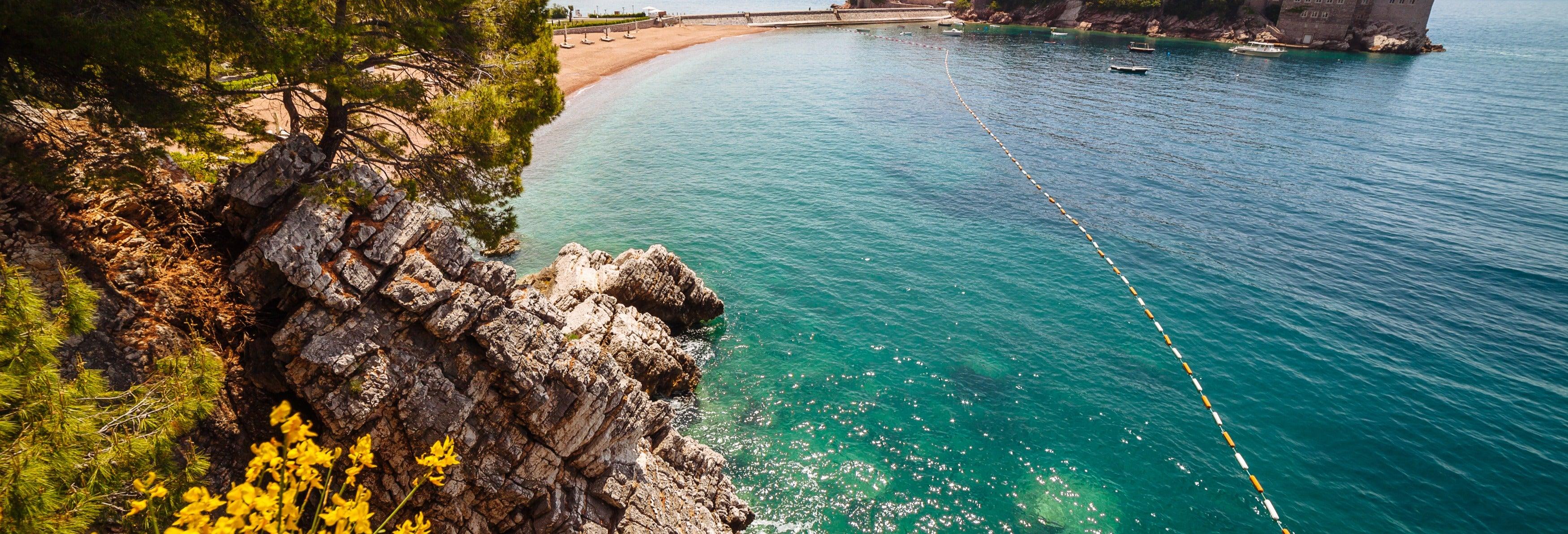 Excursão pelas costas de Montenegro