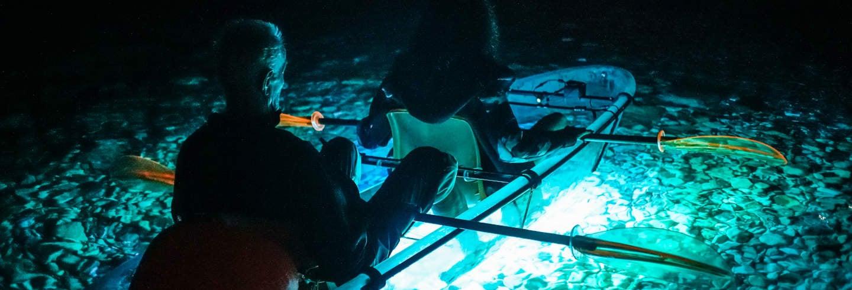 Tour noturno de caiaque por Verudela