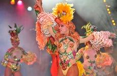 Entrada al Cabaret Tropicana
