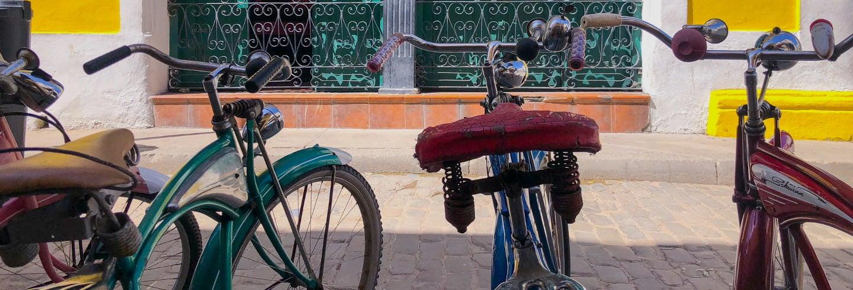 Tour de bicicleta pela Havana alternativa