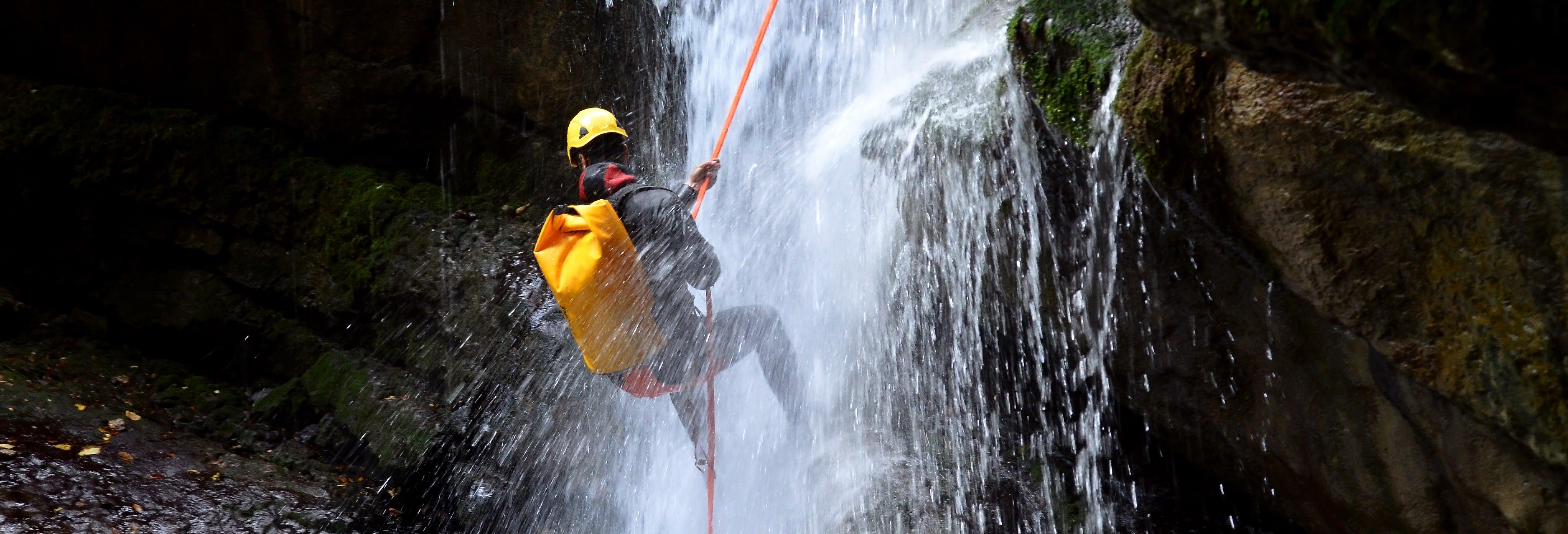 Canyoning no rio Blanco ou na cascata de Chamana