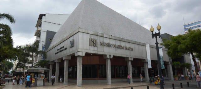 Visita guiada por el Museo Nahim Isaías
