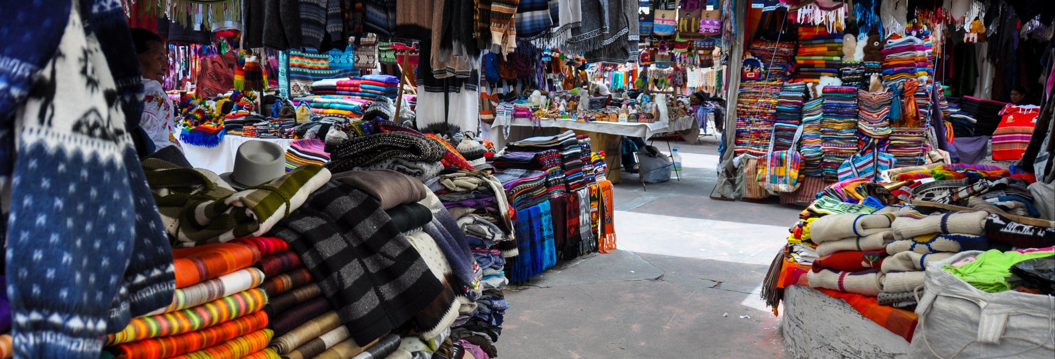 Excursão aos mercados de Otavalo e Cotacachi
