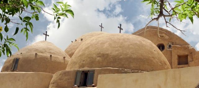 Excursión a El Alamein y los monasterios de Wadi El Natrun