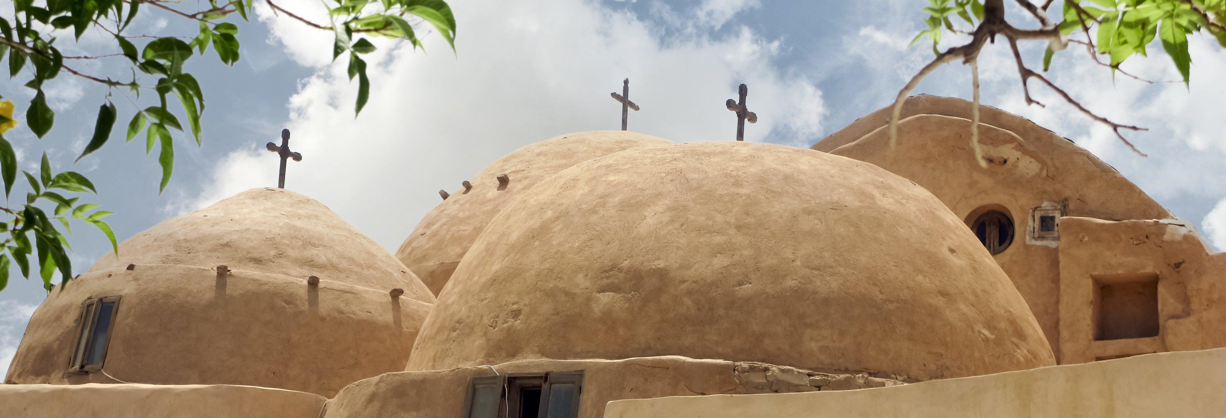 Excursão a El Alamein e aos mosteiros de Wadi El Natrun