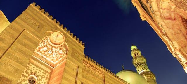 Tour nocturno por El Cairo con cena