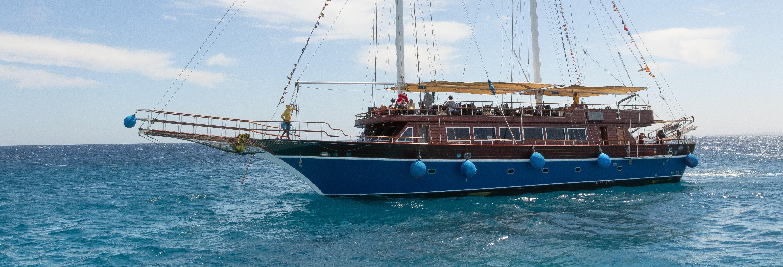 Crucero en barco pirata por Orange Bay