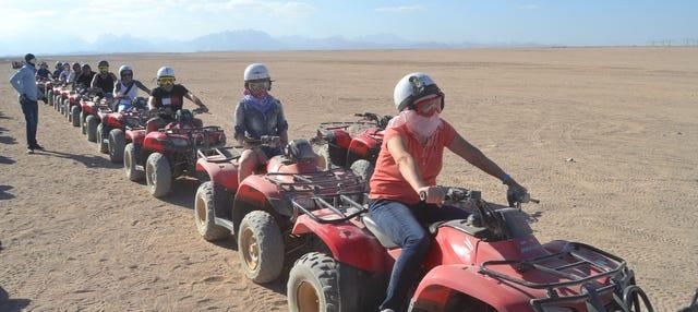 Tour en quad por el desierto con cena beduina