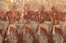 Valles de los Reyes y las Reinas, Colosos y Hatshepsut