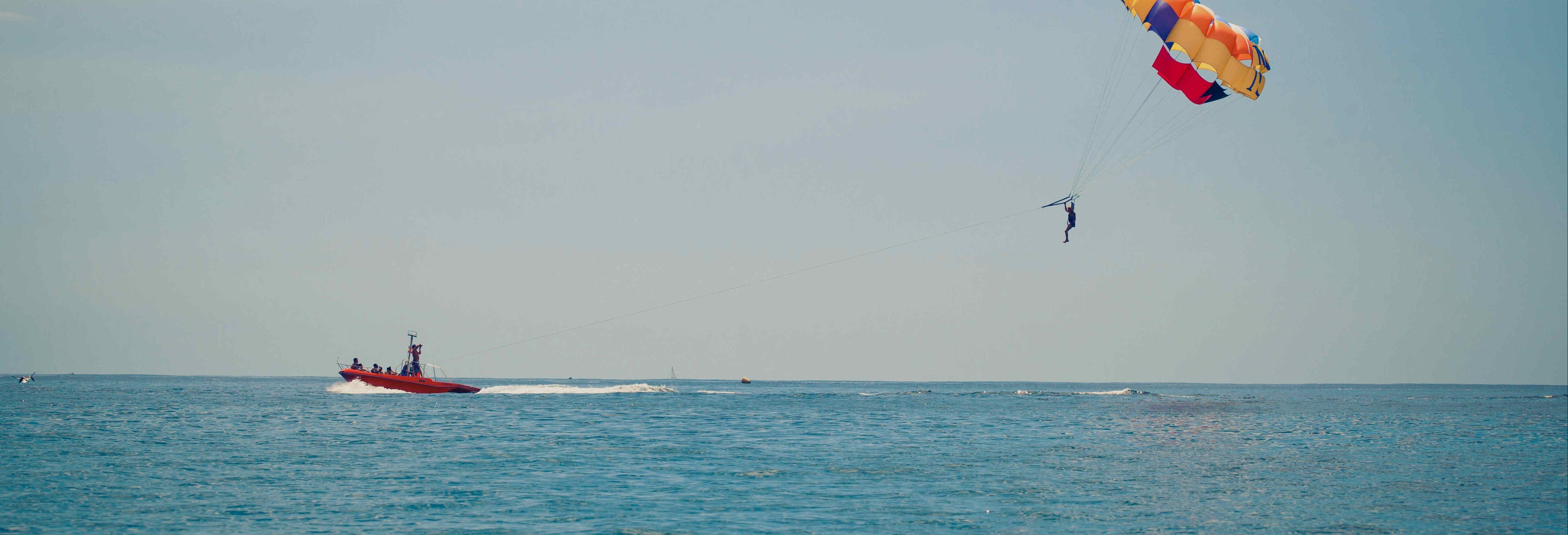 Parasailing em Sharm el-Sheikh