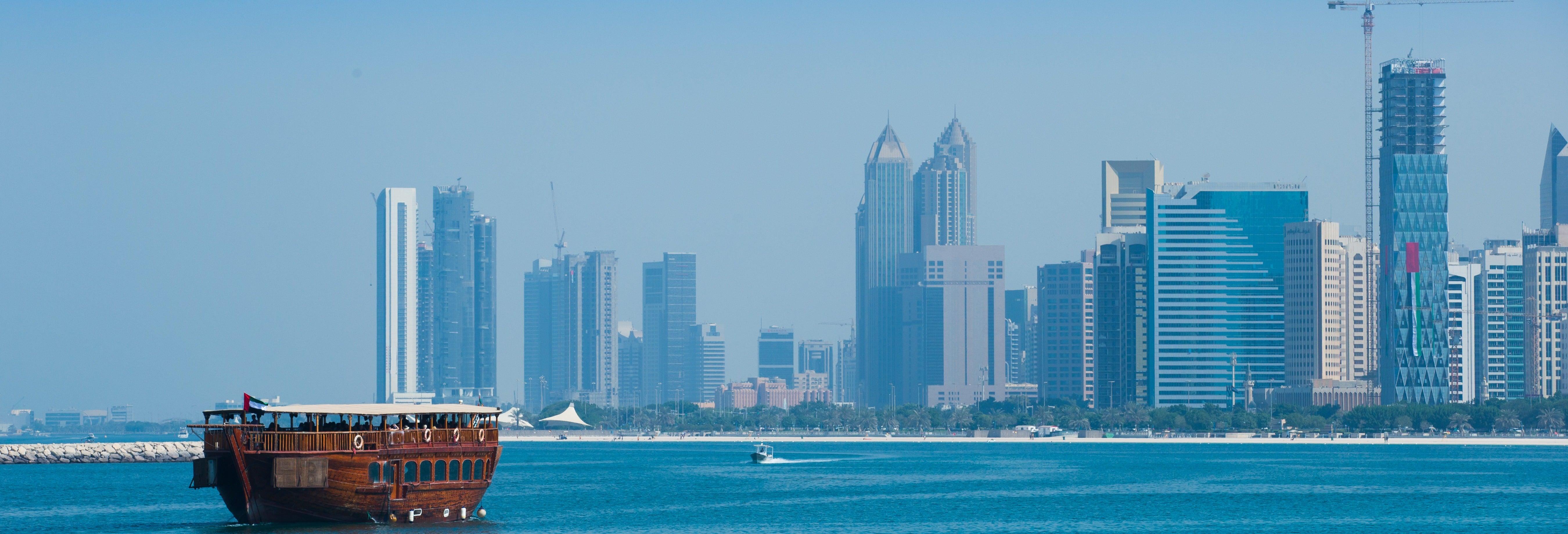 Giro sul motoscafo da Abu Dhabi