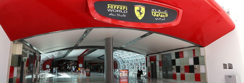 Escursione al Ferrari World in idrovolante