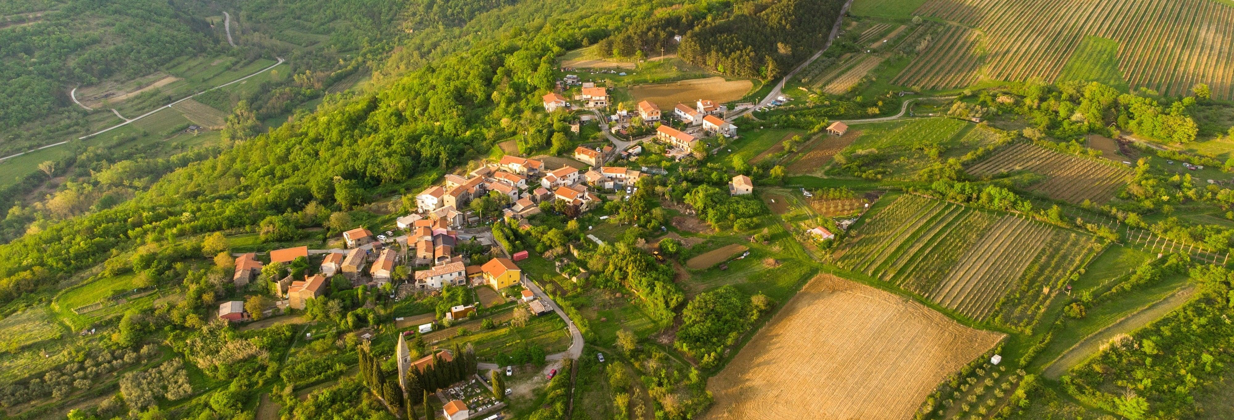 Trekking nella Valle del Dragogna