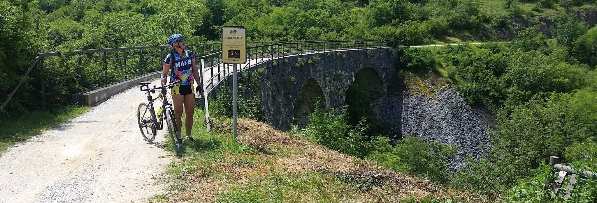 Tour de bicicleta pela rota Parenzana
