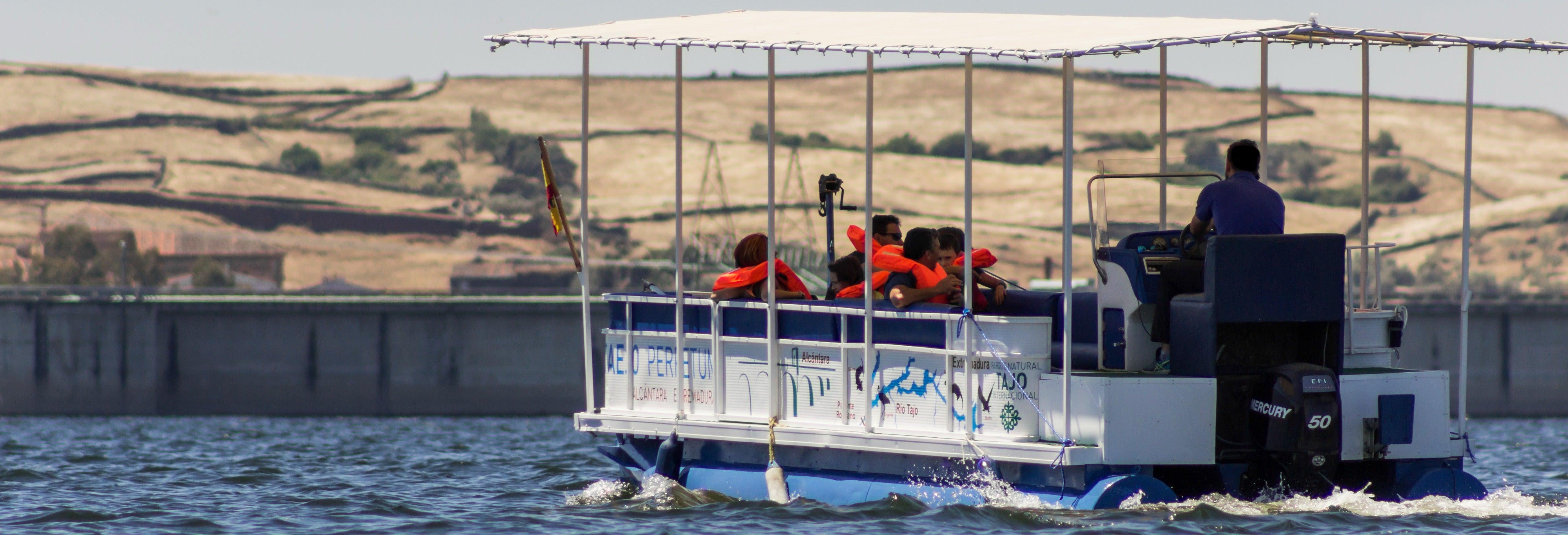Paseo en barco por el río Alagón y embalse de Alcántara