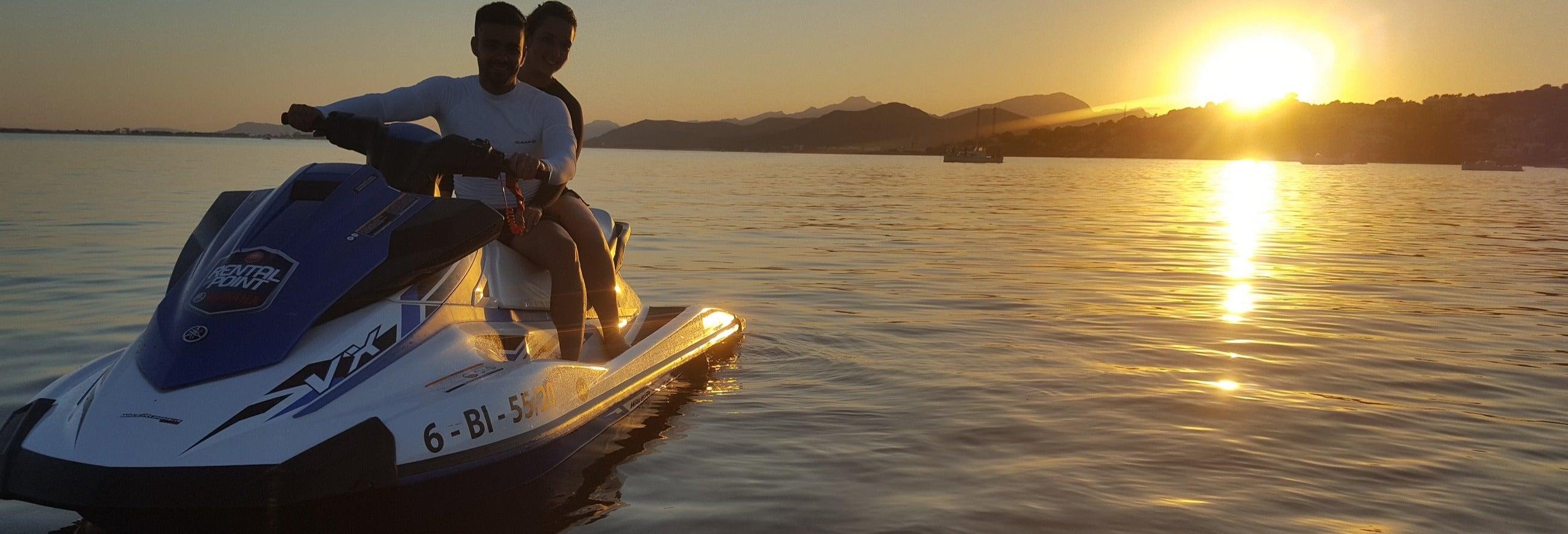 Tour en moto de agua al atardecer desde Alcudia