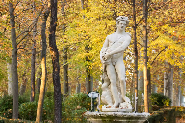 Statue in the Royal Palace garden