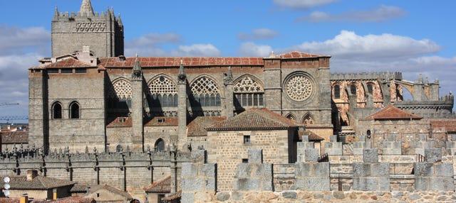 Tour por la Catedral de Ávila y Basílica de San Vicente