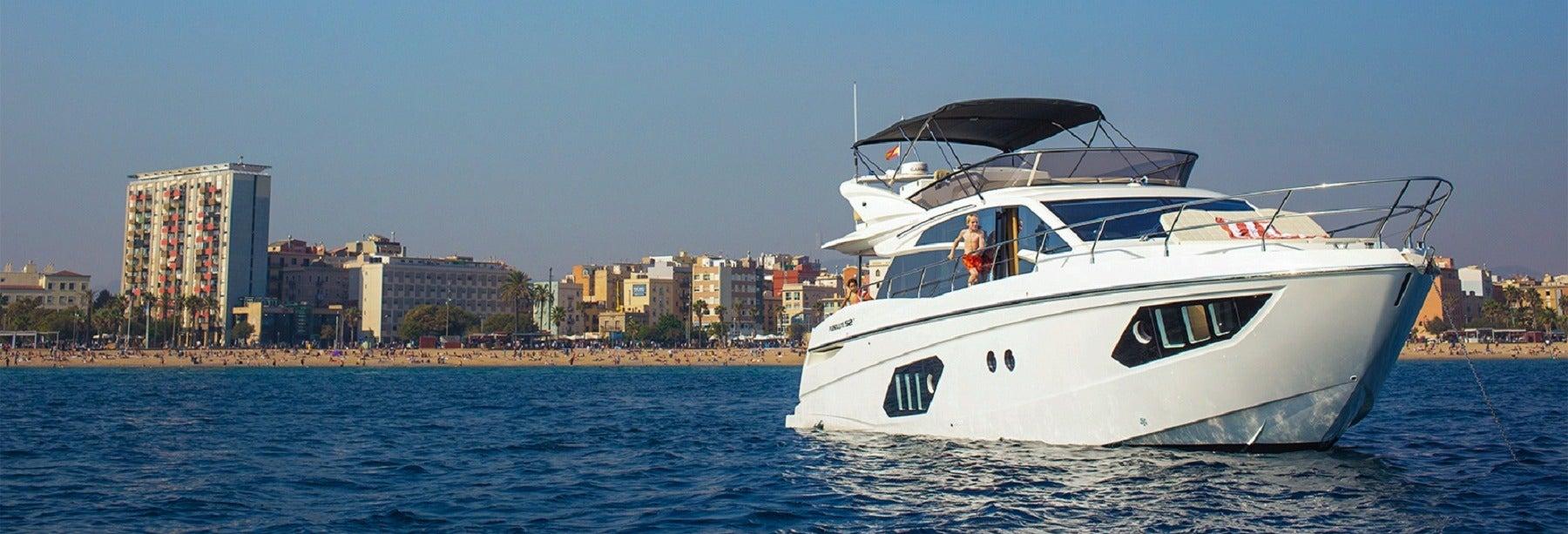 Noleggio di imbarcazione privata con skipper