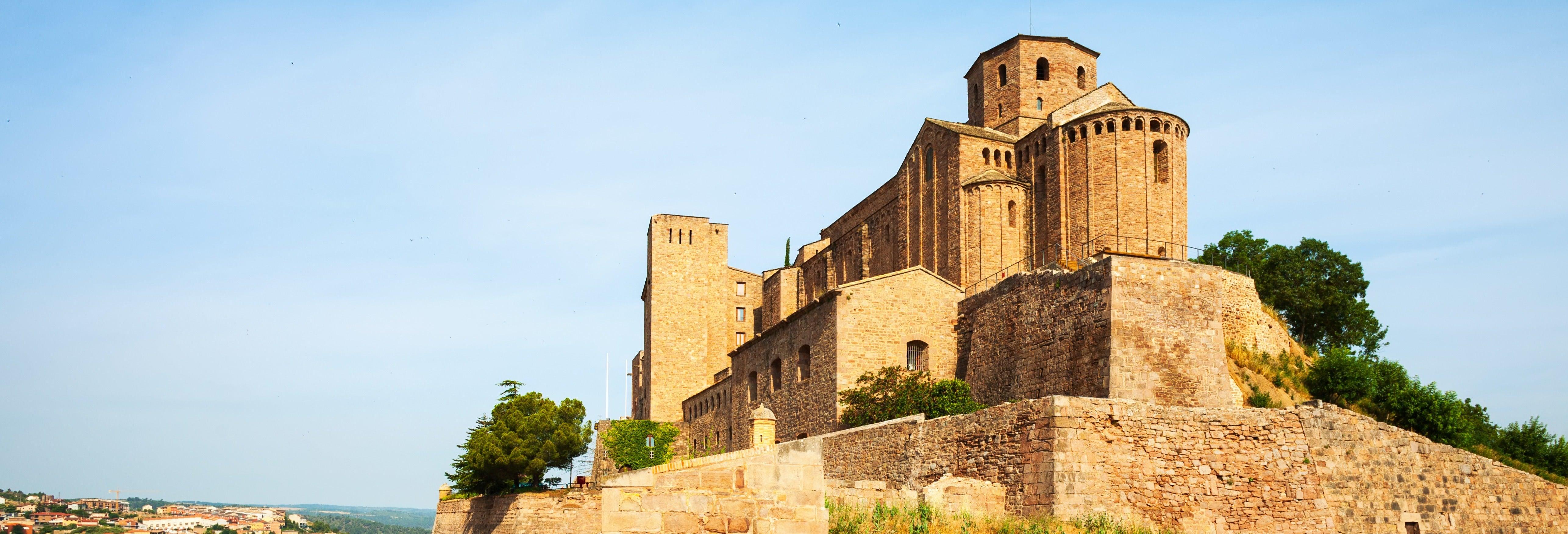 Escursione a Cardona e Montserrat