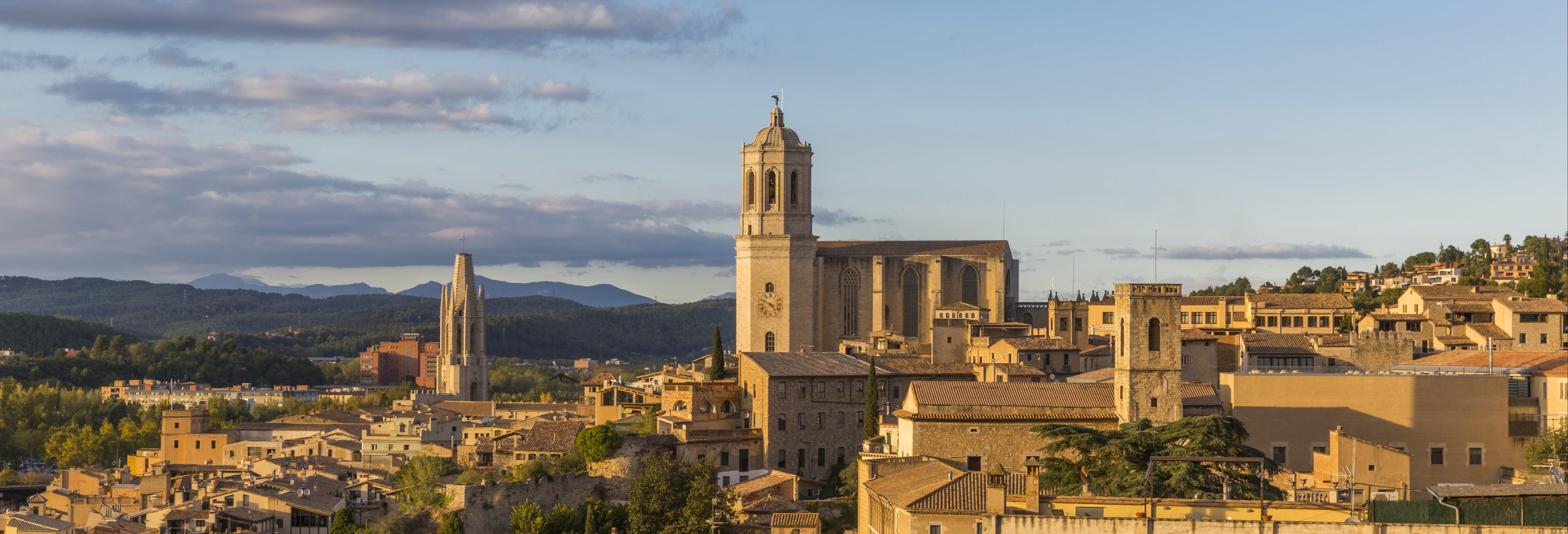 Excursion à Gérone et à Sitges