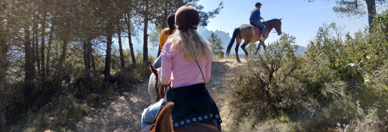 Balade à cheval à Montserrat