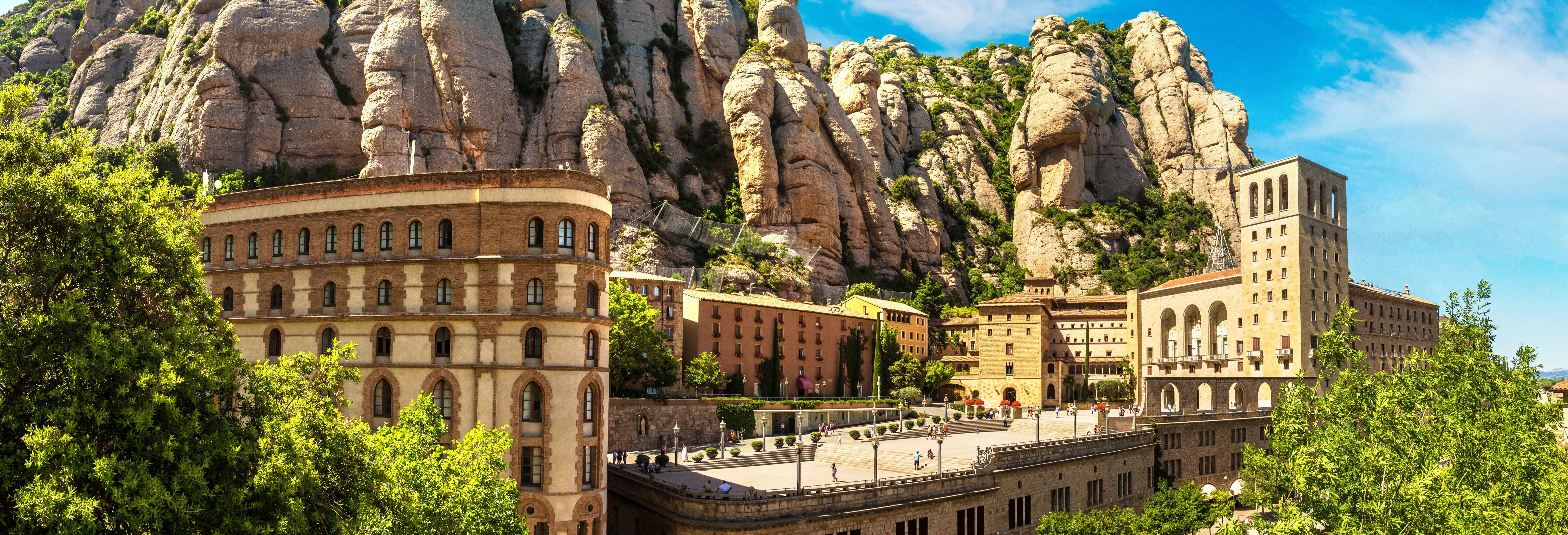 Visite autour des tapas et du vin à Montserrat