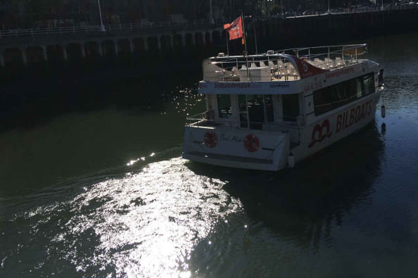Cruising along the river from Bilbao to Portugalete