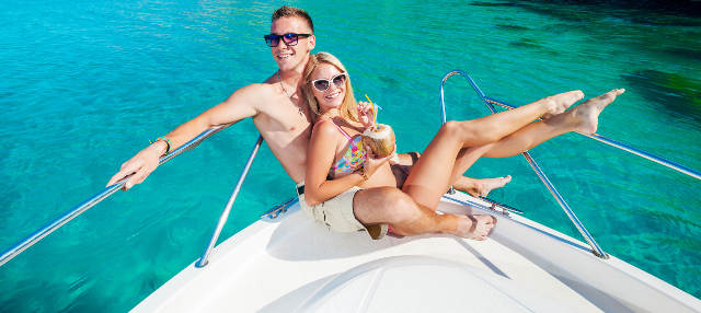 Noleggio di barche senza licenza a Cala en Porter