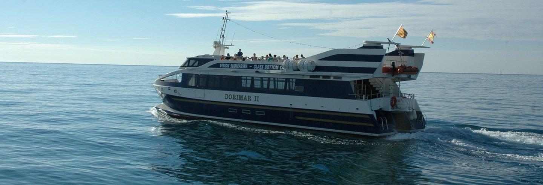 Paseo en barco con visión submarina