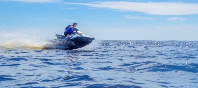 Tour en moto de agua por la costa de Llanes