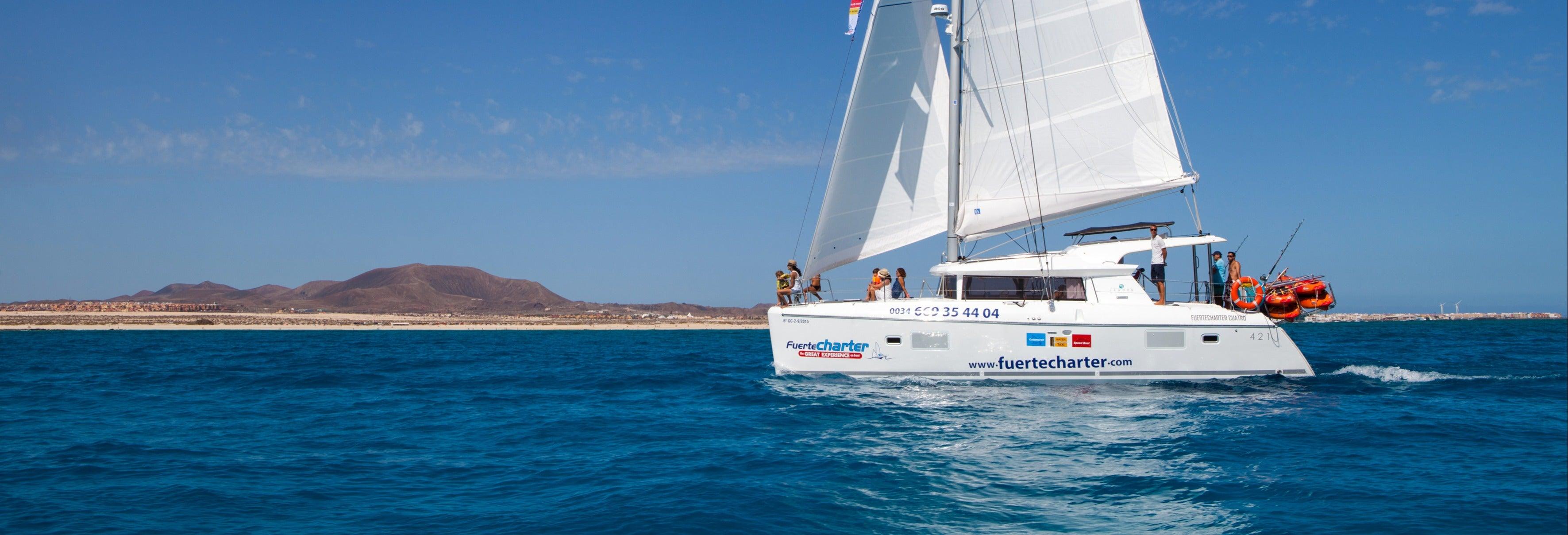 Alquiler de barco con patrón en Corralejo