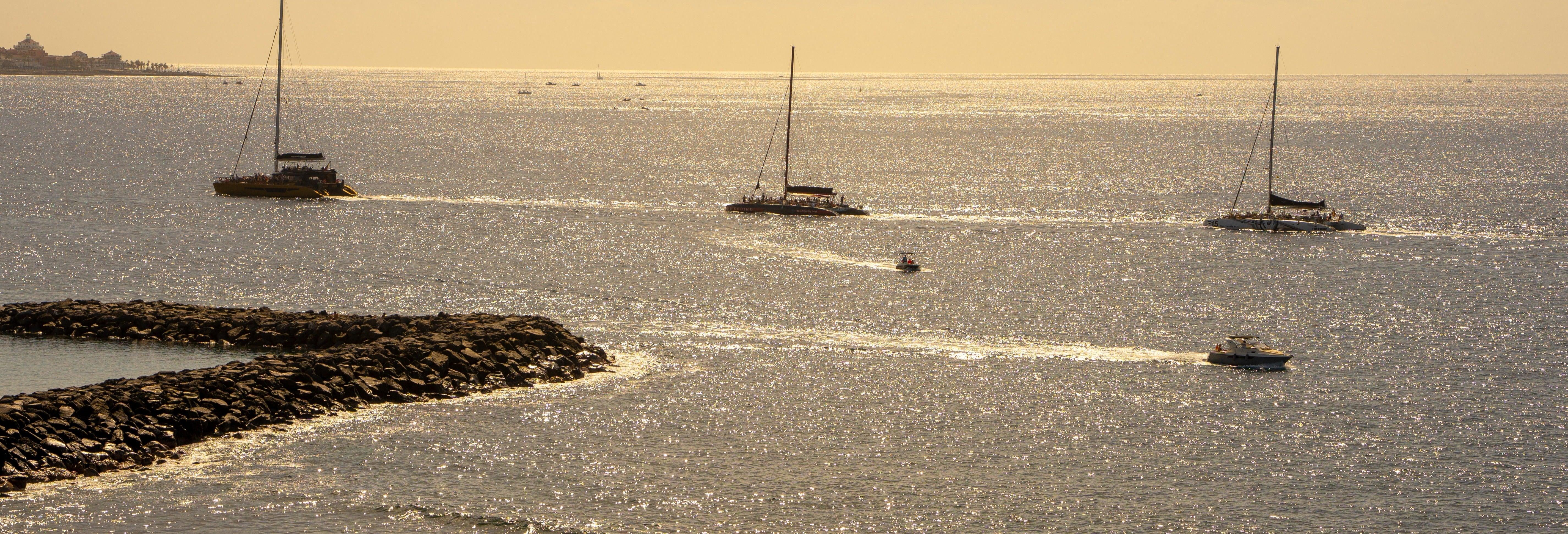 Noleggio di barche senza licenza a Costa Adeje