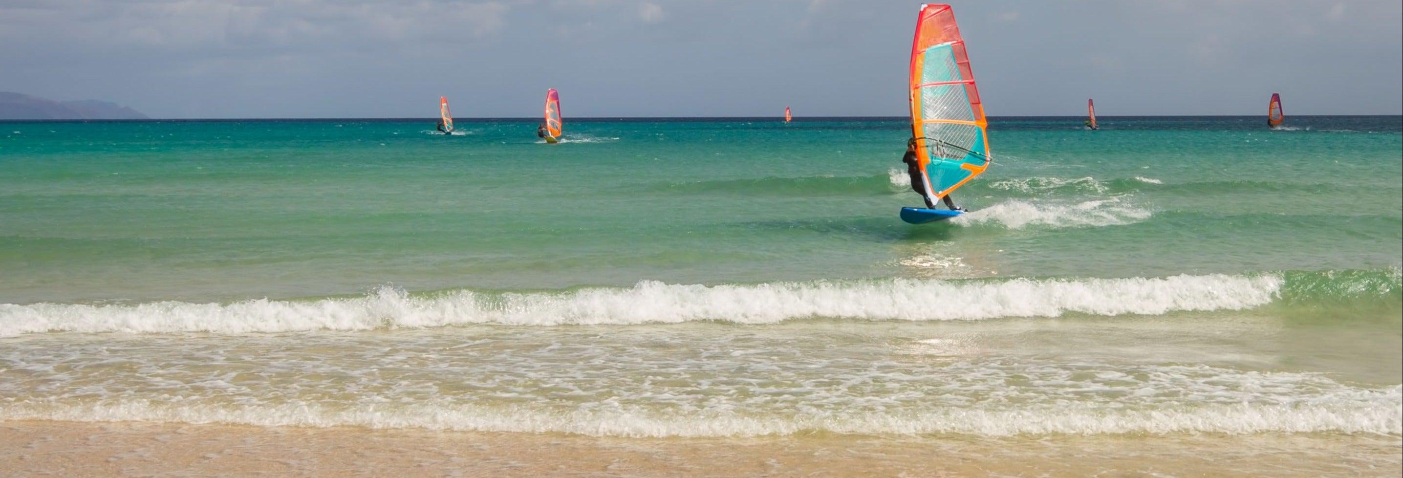 Curso de windsurf para principiantes en Costa Calma
