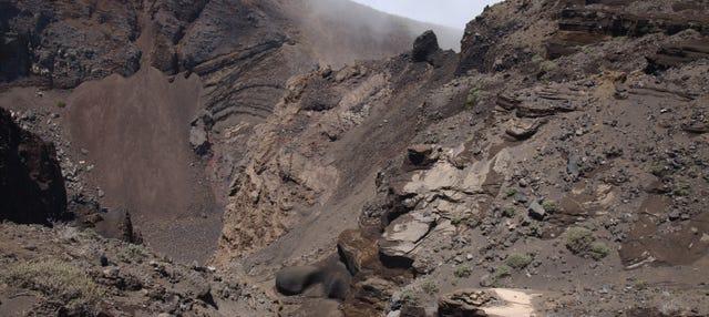 Senderismo por los volcanes de La Palma desde El Paso