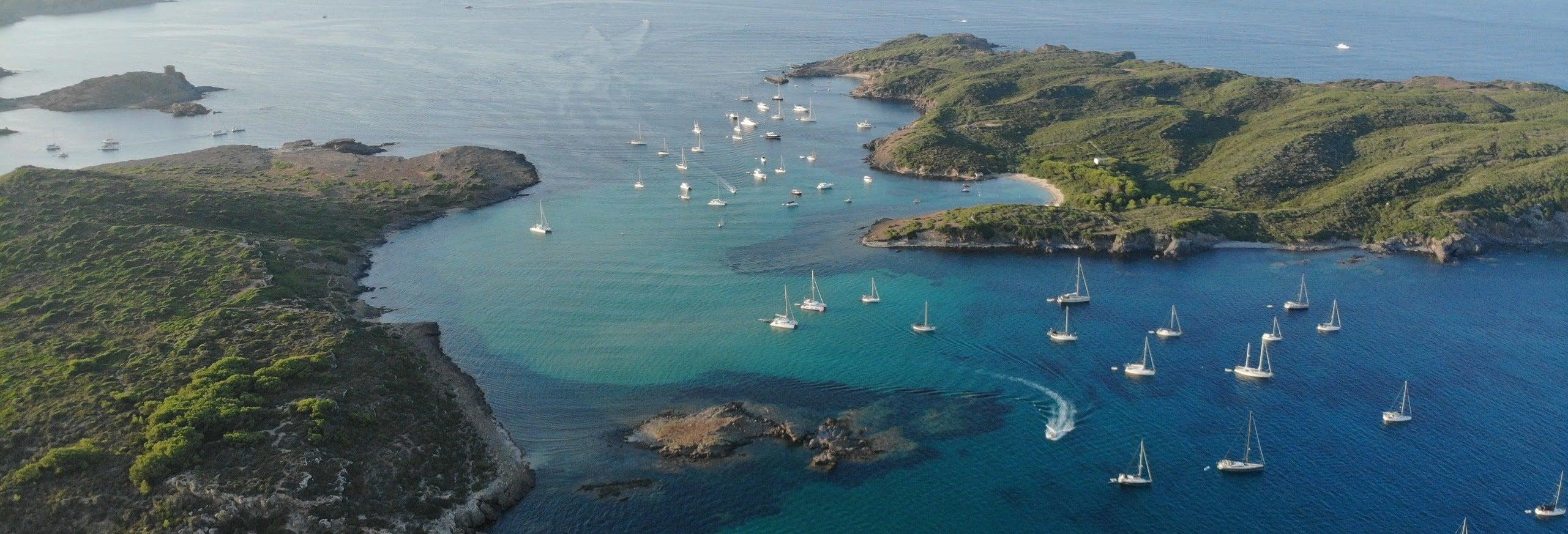 Transfer de lancha até a ilha de Colom saindo de Es Grau