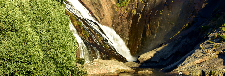 Tour en kayak por la cascada de Ézaro
