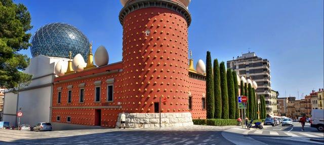 Visita guiada por Figueras y el Museo Dalí