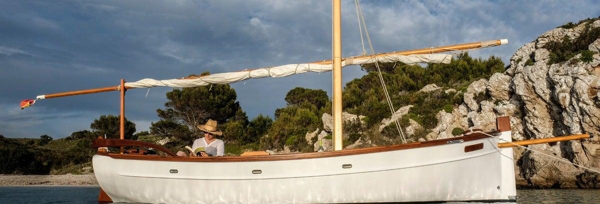 Aluguel de barcos sem licença em Fornells
