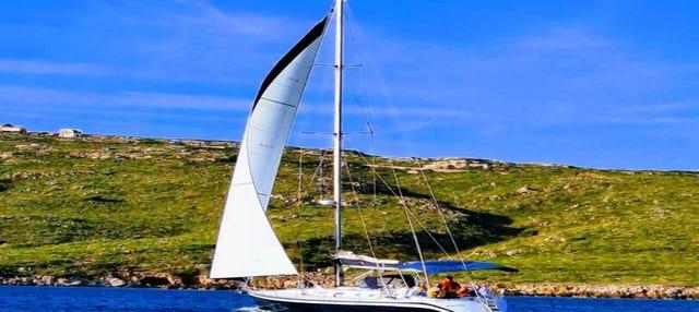 Menorca en velero desde Fornells, tour de día completo