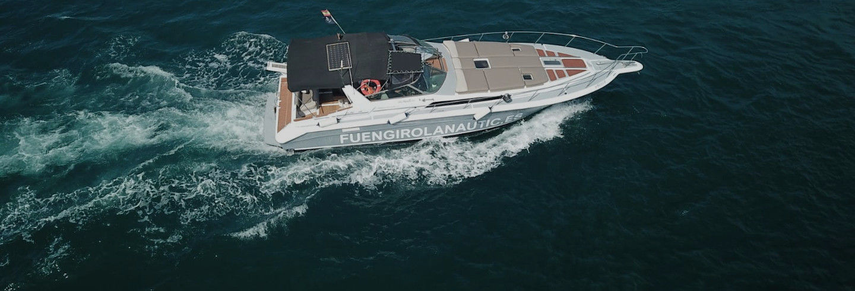 Alquiler de barco con patrón en Fuengirola