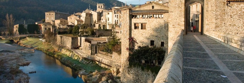 Tour por Girona e Besalú de um dia completo