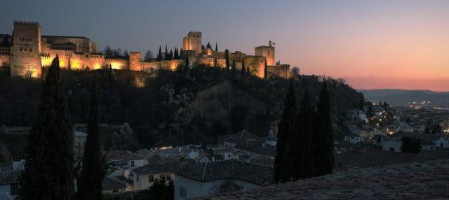Tour de los misterios y leyendas de Granada