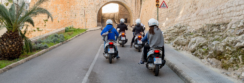 Location de scooter à Ibiza
