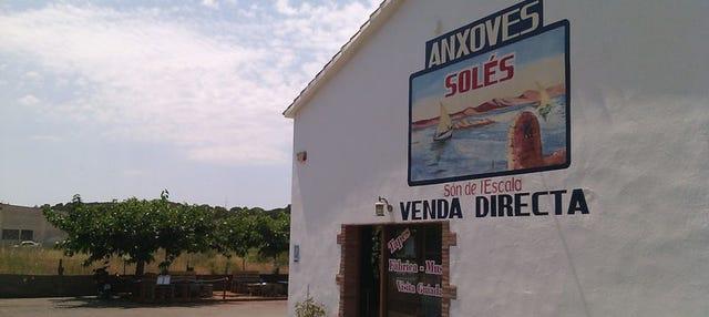 Entrada a la Fábrica-Museo de anchoas Solés