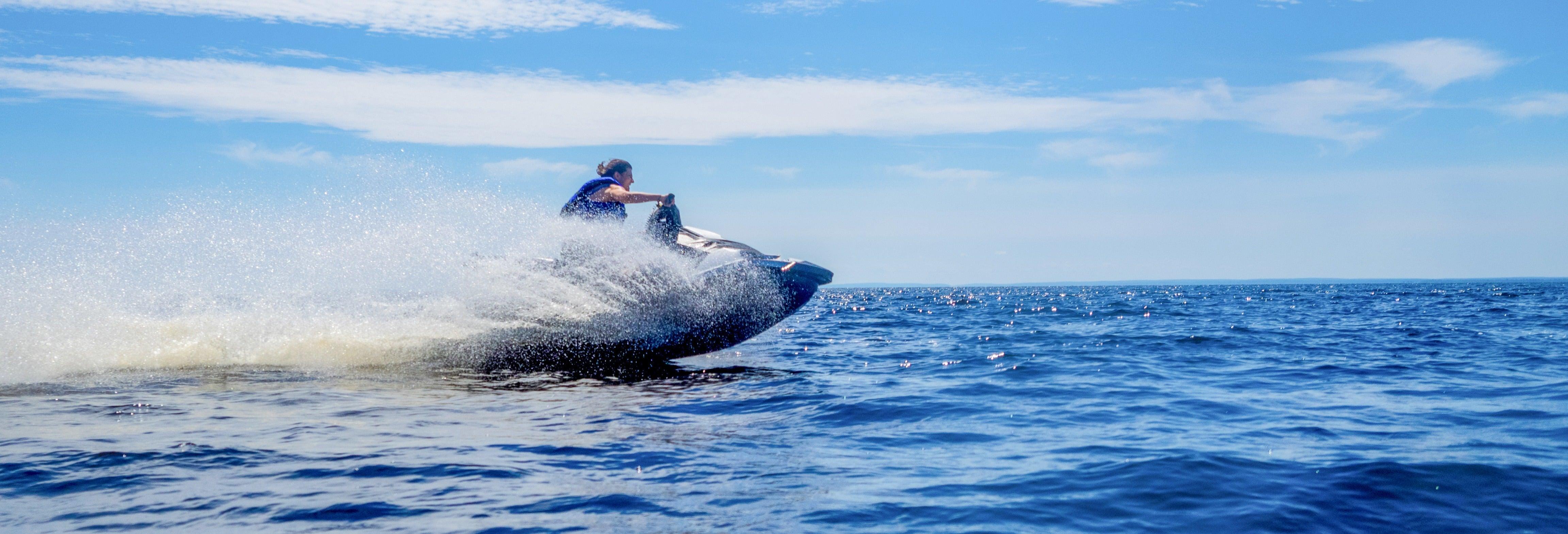 Excursión en moto de agua por los acantilados de Maro-Cerro Gordo