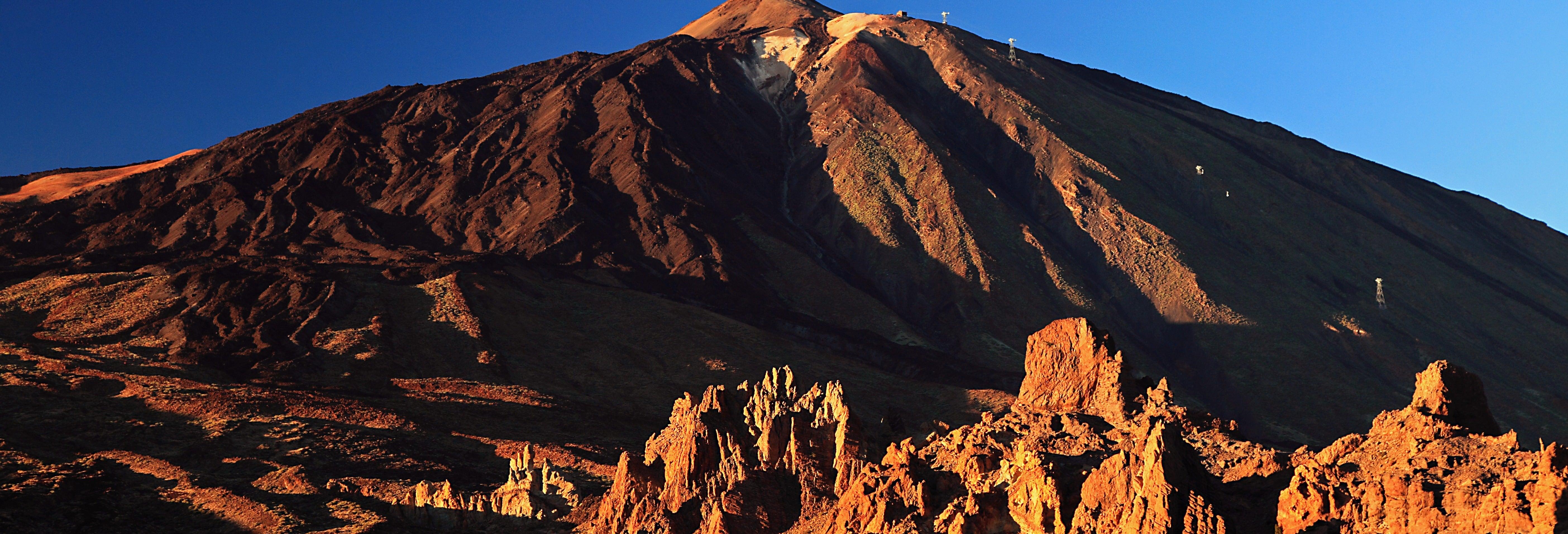 Teleférico del Teide al atardecer con ruta de senderismo