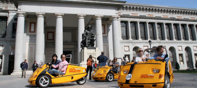 Tour en coche ecológico por Madrid